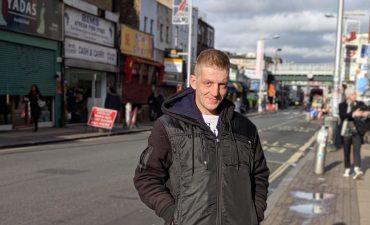 De estar sin hogar a ser trabajadores esenciales: la empresa social que cambia la vida de las personas