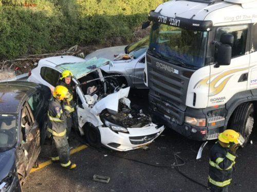 WhatsApp-Image-2018-01-07-at-09.11.26-500x375 תאונת הדרכים הקשה בטבריה תועדה במצלמות האבטחה של תחנת הכיבוי