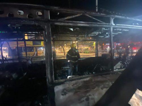WhatsApp-Image-2021-05-11-at-21.53.36-2-500x375 3 פצועים קשה ובינוני בחולון מפגיעת רקטה באוטובוס