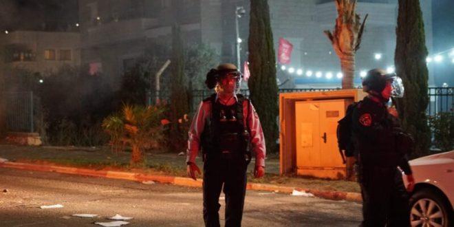 שני תושבי עכו מואשמים במעורבות באירועי הצתות וונדליזם בעיר