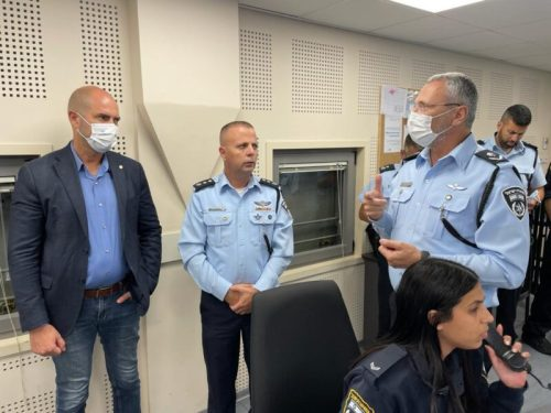 WhatsApp-Image-2021-05-16-at-00.03.21-1-500x375 השר אוחנה ביקר במשטרת מחוז תל אביב
