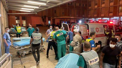 WhatsApp-Image-2021-05-16-at-20.32.31-500x281 גבר בן 40 וילד בן 12 נהרגו בקריסת הטריבונה בבית הכנסת בגבעת זאב
