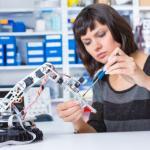 Macomb Community College and MAT² Apprenticeship Program Partner up to Address Shortage of Mechatronics Technicians
