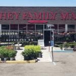 MI Warren Business of the Week: Kutchey Family Market