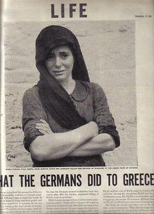 Πίσω από το βλέμμα της κρύβονται οι 228 άμαχοι  που έσφαξαν στο Δίστομο οι ναζί. H φωτογραφία που έκανε γνωστή στον κόσμο τη σφαγή του Διστόμου