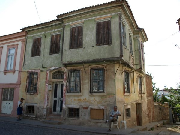Το σπίτι του Ηλία Βενέζη στο Αϊβαλί