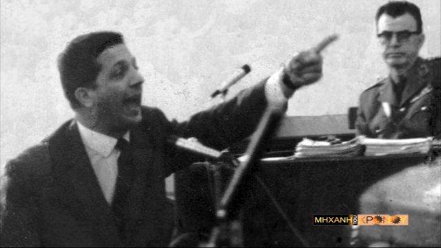 Νικηφόρος Μανδηλαράς, ο δικηγόρος που αποκάλυψε τα ψυχιατρικά προβλήματα του Παπαδόπουλου. Το ανεξιχνίαστο έγκλημα της χούντας στη Μηχανή του Χρόνου