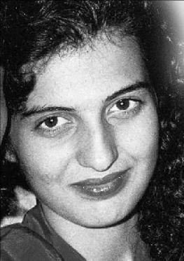 Η Αμαλία Γκινάκη ήταν δεμένη ανάμεσα στον αρραβωνιαστικό της και τον κακοποιό