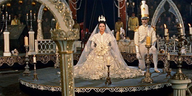 Λόλα Μόντεζ. Η γυναίκα που ερωτεύθηκε παράφορα ο Λουδοβίκος Α΄. Αφού τον γελοιοποίησε, έχασε τον θρόνο του. Ήταν ο πατέρας του Βασιλιά Όθωνα