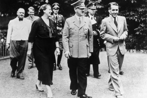 Ο Χίτλερ με τη Γουίνιφρεντ στο φεστιβάλ του Μπαϊρόιτ