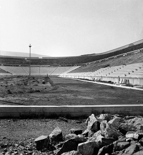 Το Στάδιον το 1896 λίγο πριν υποδεχτεί του Ολυμπιακούς Αγώνες