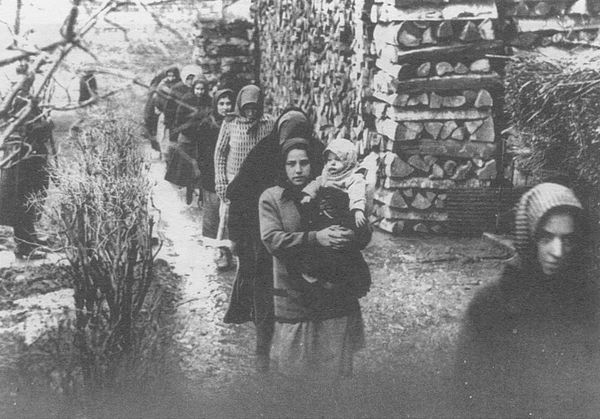 "Oι γυναίκες του χωριού που δηλητηρίασαν 300 άνδρες για να μείνουν με τους εραστές τους. Η διαβολική ""γιατρός"" και η τυχαία ανακάλυψη του μαζικού εγκλήματος από ένα φοιτητή"