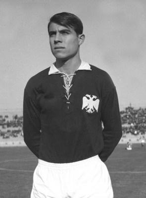 Ο Γιώργος Κούδας το 1966