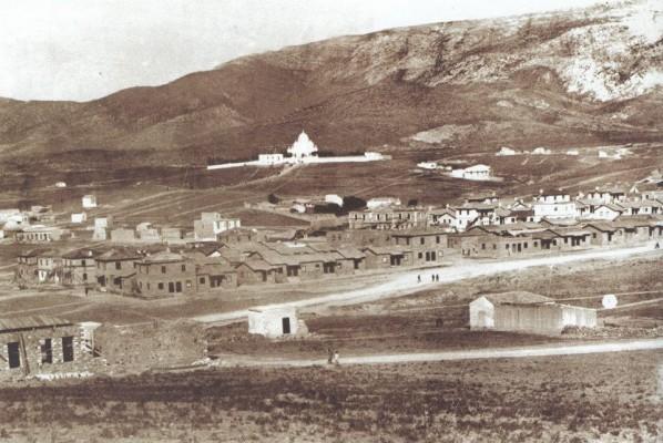 Γενική άποψη της περιοχής του Βύρωνα. Στο βάθος η Ανάληψη (1924)