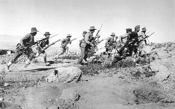 Στην εκστρατεία της Καλλίπολης έλαβαν μέρος 410.000 Βρετανοί, Αυστραλοί και Νεοζηλανδοί και 79.000 Γάλλοι