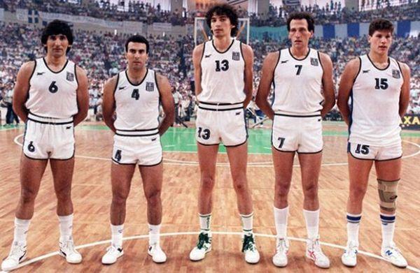 Ο Φασούλας είχε ενεργό ρόλο και στην Εθνική ομάδα. Εκτός από το χρυσό στο Ευρωμπάσκετ ήταν παρών στο Μουντομπάσκετ του 1994, όπου έιχε έρθει σε διαμάχη με τον προπονητή της εθνικής Κιουμορτζόγλου. Ο Φασούλας έφυγε από τις προπονήσεις για να πάει στη Νέα Υόρκη βγάζοντας εκτός εαυτού τον Κιουμορτζόγλου, που έφτασε σεσημείο να δώσει τελεσίγραφο στην ομοσπονδία «Η ο Φασούλας ή εγώ». Τελικά έγινε αλλαγή προπονητή και ο Φασούλας έπαιξε στο τουρνουά φτάνοντας με την εθνική στην τέταρτη θέση.