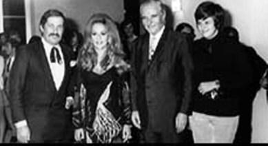 ο Δημήτρης Παπαμιχαήλ και η Αλίκη Βουγιουκλάκη λίγο πριν την προβολή της ταινίας ''ο Παπαφλέσσας'' στο 12ο Φεστιβάλ Κινηματογράφου Θεσσαλονίκης
