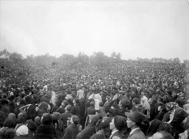 Υπολογίζεται ότι εκείνη την ημέρα 70 χιλιάδες άνθρωποι συγκεντρώθηκαν στον χώρο