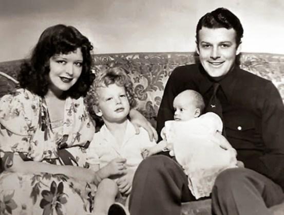 Η Κλάρα Μπάου με το σύζυγό της Ρεξ Μπελ και τα παιδιά τους