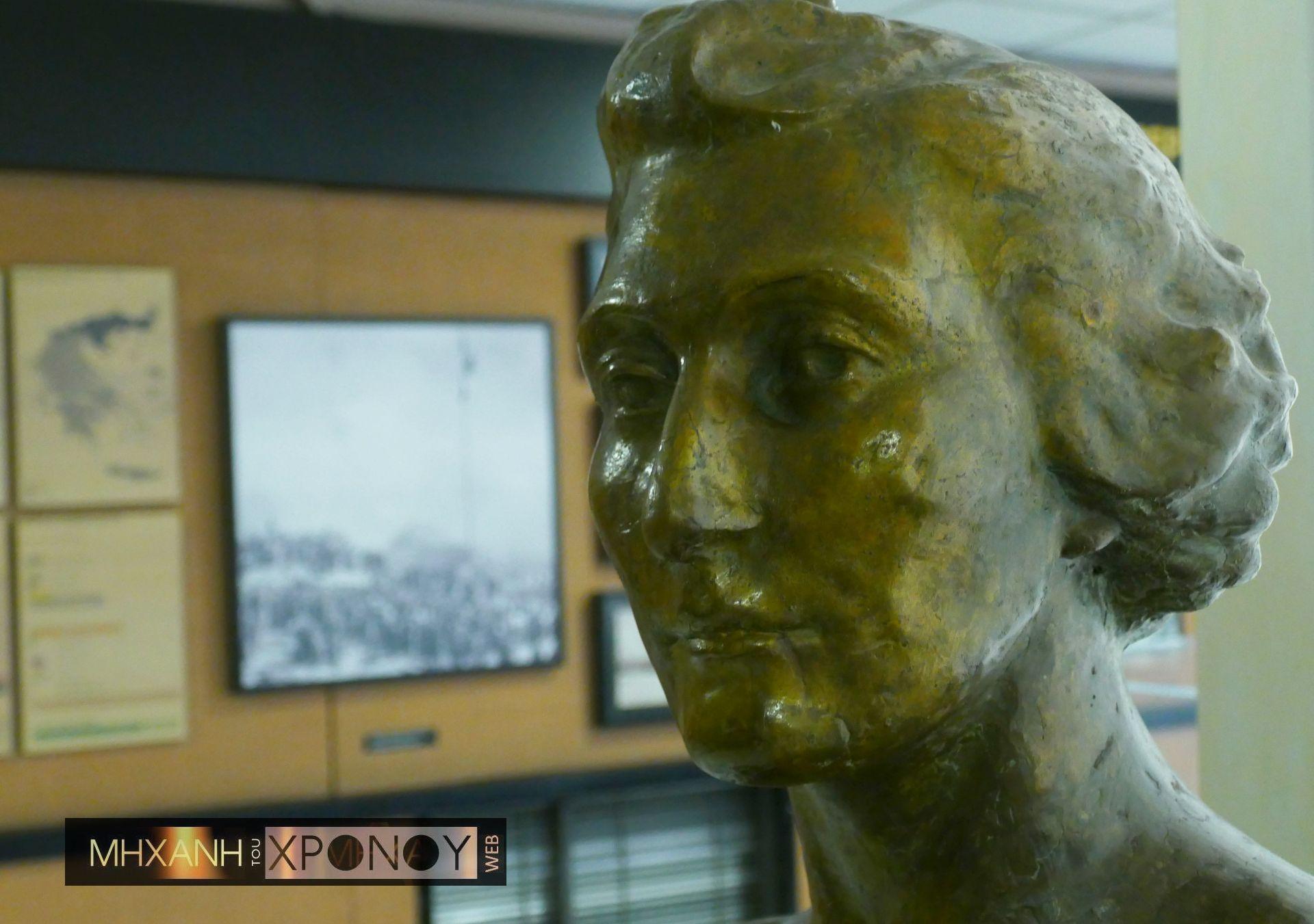 Ποιά ήταν η «Σιωπηλή Στρατιά» της θρυλικής Λέλας Καραγιάννη. Πώς στρατολόγησε ακόμα και τον καπνοβιομήχανο Παπαστράτο στην αντίσταση κατά των Γερμανών