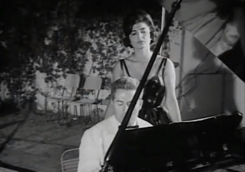 """Η απιστία της ρωσίδας συζύγου του Αττίκ. Ο συνθέτης βρήκε ένα ματσάκι γιασεμιά στο κρυφό ραντεβού της και έγραψε το διάσημο τραγούδι """"της μιας δραχμής τα γιασεμιά"""""""