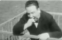 Άλφρεντ Χίτσκοκ: Μπορεί ο μάστερ του τρόμου να προκαλέσει γέλιο; Δείτε το βίντεο