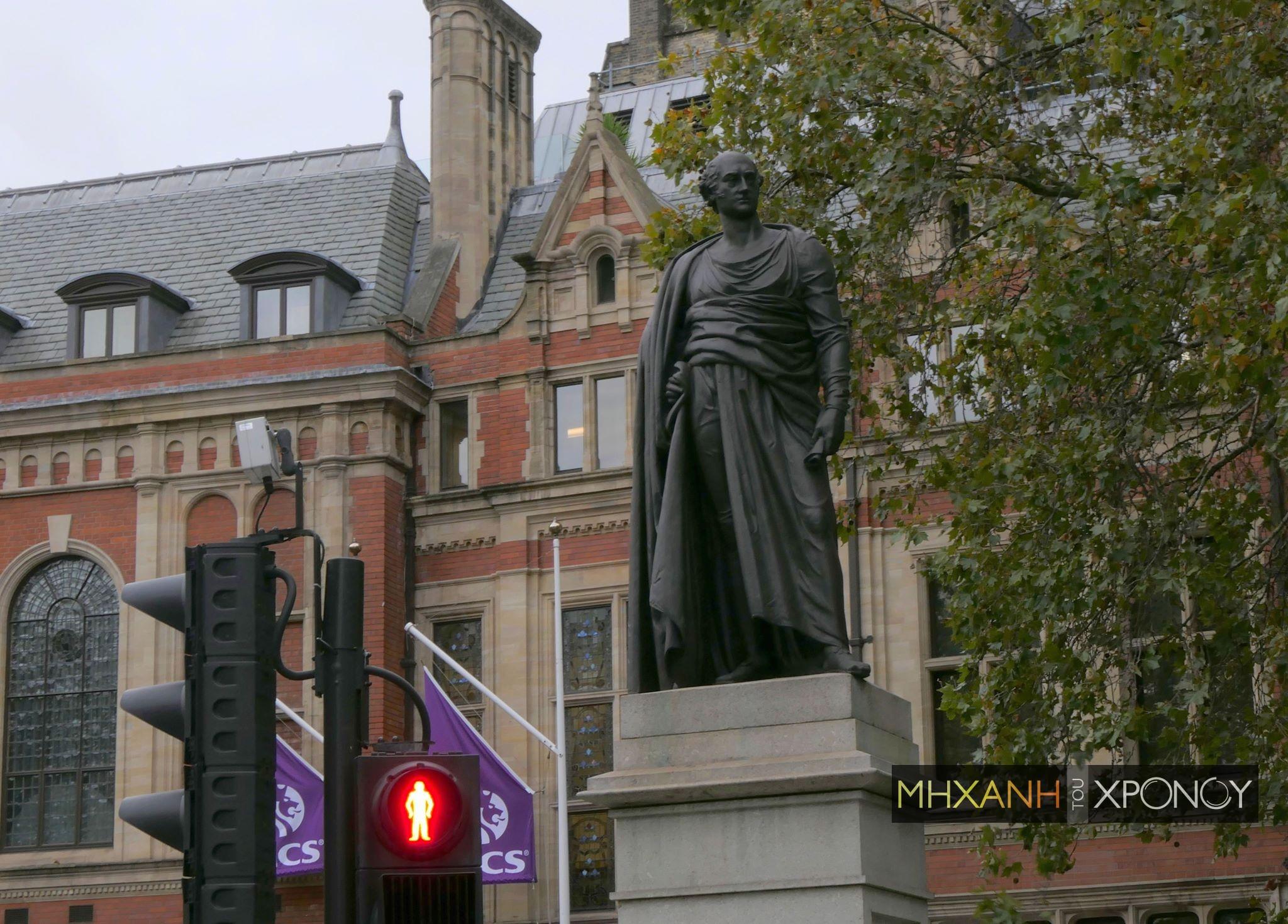 Ποιος ήταν ο φιλέλληνας Τζωρτζ Κάνιγκ που έδωσε το όνομά του στην πλατεία Κάνιγγος; Ξεγέλασε τον Μέτερνιχ και βοήθησε στην ανεξαρτησία της Ελλάδας, την περίοδο που η επανάσταση έσβηνε