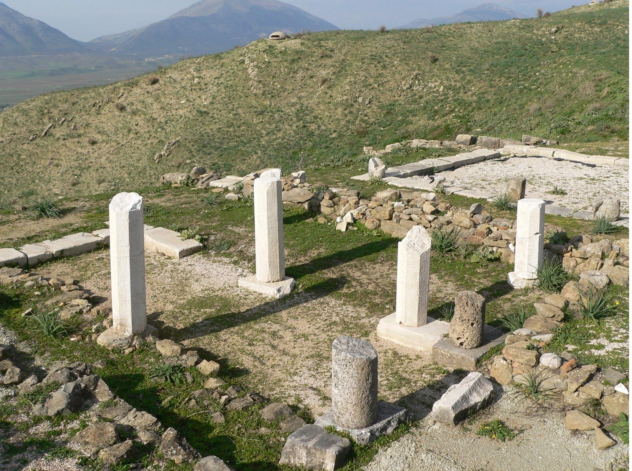 Τα λησμονημένα αρχαιοελληνικά μνημεία της Αλβανίας. Η προσπάθεια των εθνικιστών να τα βαφτίσουν ρωμαϊκά ή να τα καταστρέψουν. Ποια περιοχή θεωρείται το δεύτερο Άγιο Όρος