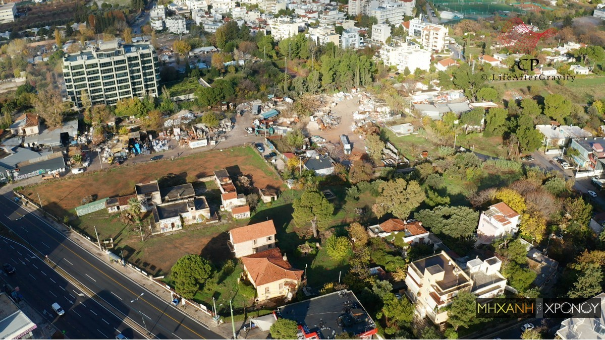 Η γειτονιά του Χαλανδρίου που ο χρόνος σταμάτησε το 1971. Οι παλινωδίες του κράτους που σχεδίασε μια λεωφόρο – φάντασμα και η περιοχή παραμένει ακόμα εκτός σχεδίου