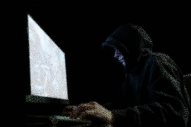 Ο 14χρονος που σχεδίασε τη δολοφονία του, χρησιμοποιώντας το ίντερνετ. Τον μαχαίρωσε με δική του εντολή, ο φίλος που γνώρισε στο chatroom στο MSN. Μια απίστευτη ιστορία