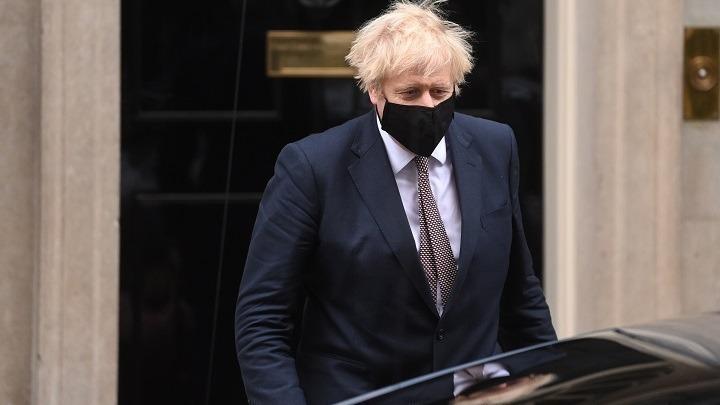 Νέες αποκαλύψεις από τον πρώην σύμβουλο του Βρετανού πρωθυπουργού. «Δεν ήθελε lockdown o Τζόνσον, έλεγε ότι πέθαιναν μόνο ηλικιωμένοι»