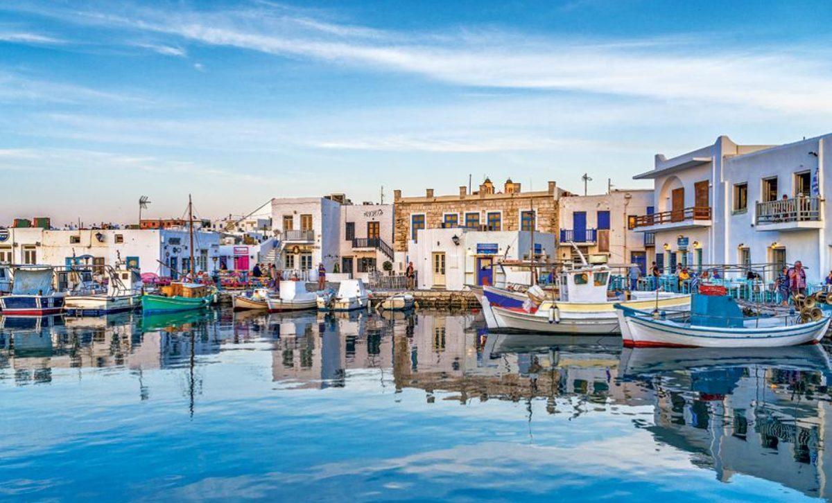 """Νέα μέτρα στο τραπέζι για τα """"κόκκινα νησιά"""". Πως θα γίνονται οι μετακινήσεις – Τι θα ισχύσει με μοριακά, rapid και self τεστ για την επιστροφή"""