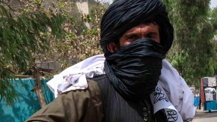 Φόβοι για νέο χτύπημα στο αεροδρόμιο της Καμπούλ. Βετεράνοι Αφγανοί αρχηγοί συσπειρώνονται για να διαπραγματευτούν με τους Ταλιμπάν