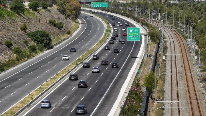 Τροχαίο με δυο τραυματίες στον Ασπρόπυργο. Άνοιξε η εθνική οδός Αθηνών – Κορίνθου προς Αθήνα