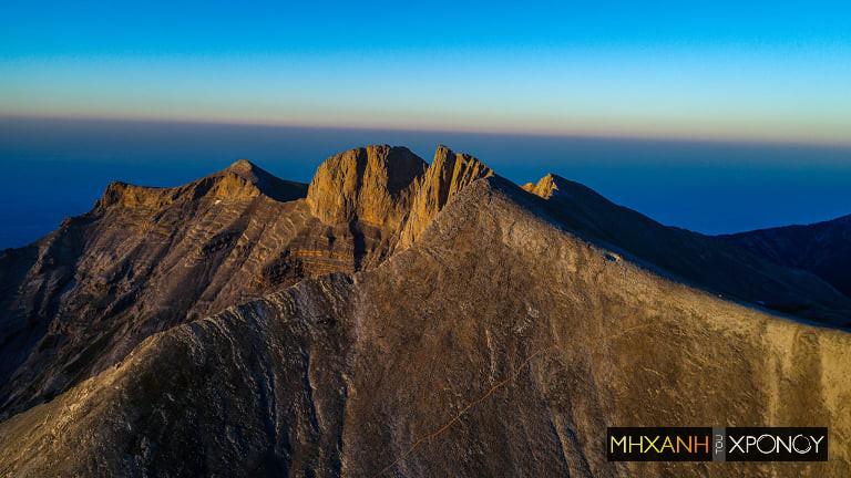 Όλυμπος. Ποιες κορυφές αποτελούσαν άβατο για τους θνητούς; Πώς δημιουργήθηκαν οι 12 θεοί; Drone πάνω από το μυθικό βουνό