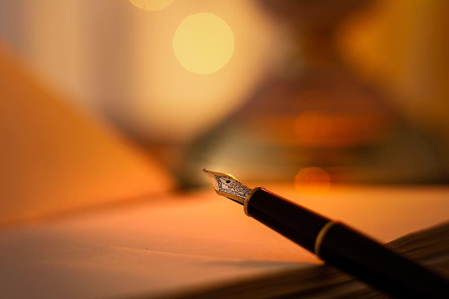 """Κουίζ. Ποιήματα που έγιναν τραγούδια. Ποιος έγραψε την """"Μπαλάντα του κυρ Μέντιου"""", το """"Ερωτικό"""", το """"Εμένα οι φίλοι μου είναι μαύρα πουλιά"""";"""