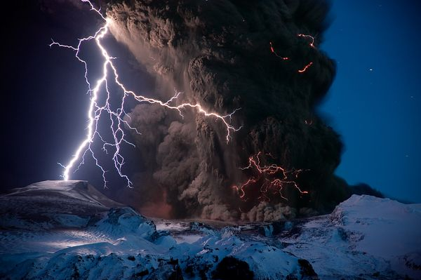 science-extreme-weather-iceland-volcano_47513_600x450