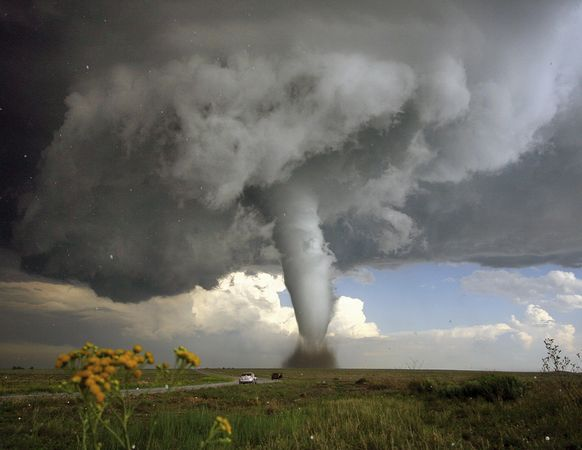 science-extreme-weather-tornado-colorado_47518_600x450