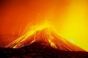 cel mai enigmatic vulcan Etna