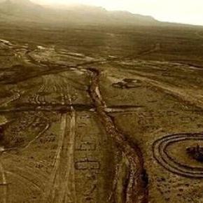 structuri-misterioase-din-desertul-gobi_279381 (1)