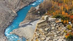 Altit-fort-of-Hunza-Valley-Gilgit-Baltistan-Pakistan.-620x350