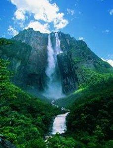Muntele Roraima din America de Sud, o mare atractie turistica