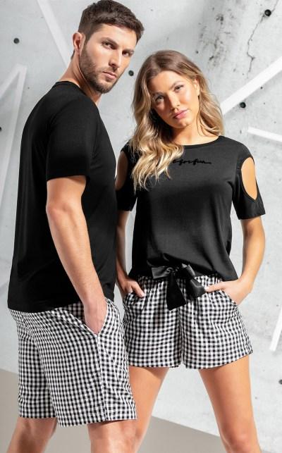 Pijama Blusa Manga Curta com Bermuda