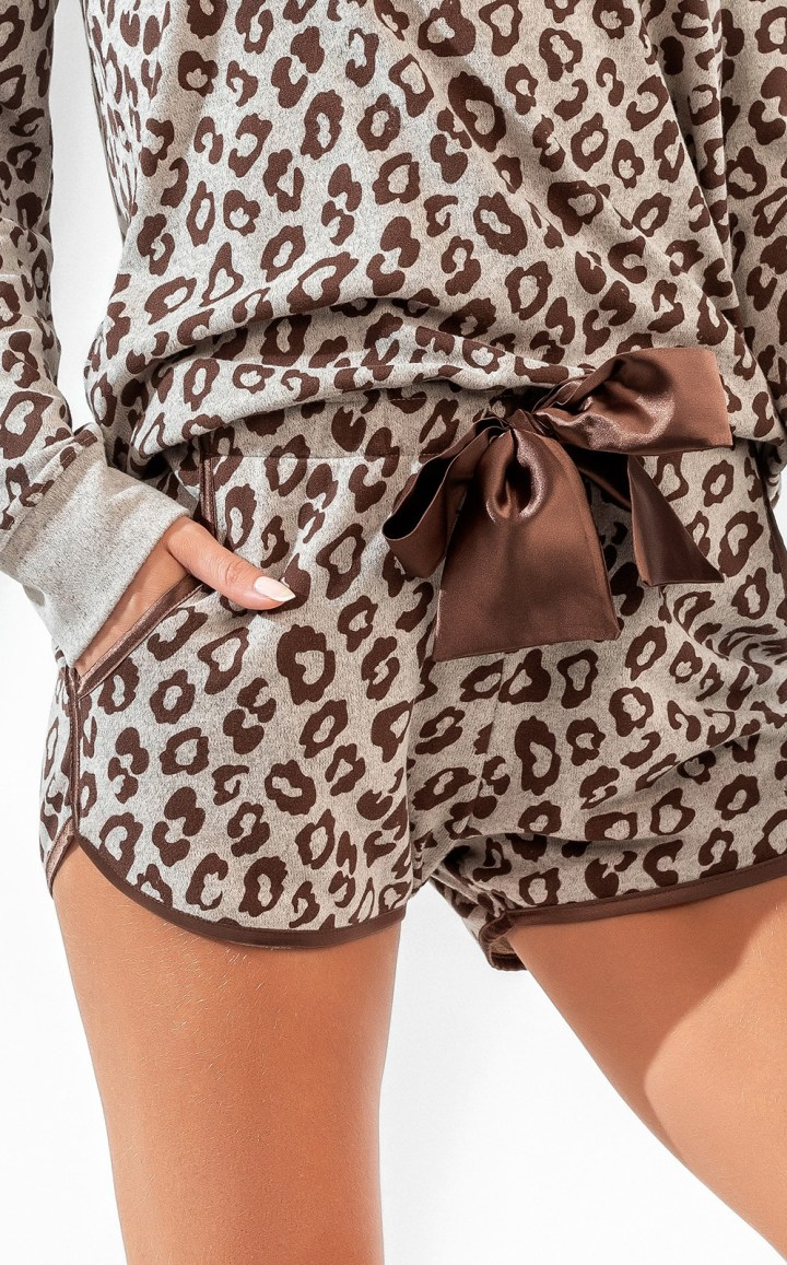 Pijama Blusa Manga Longa com Short