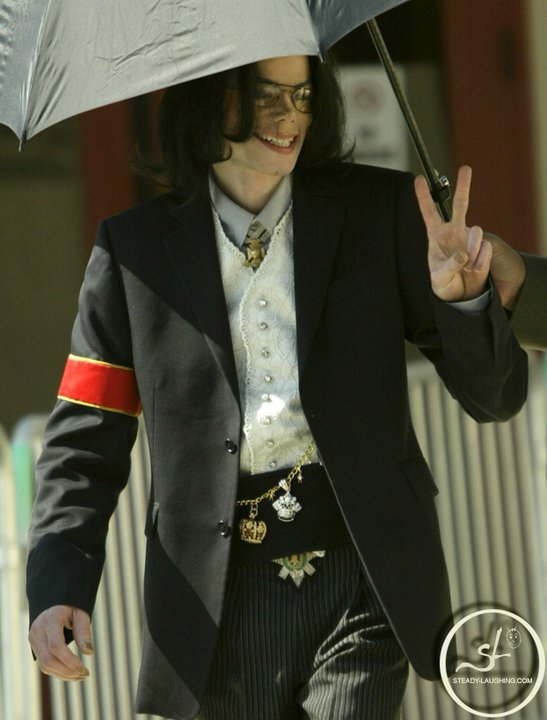 On February 25, 2005 : Michael goes to court to attend the last preliminary hearing before the trial starts.