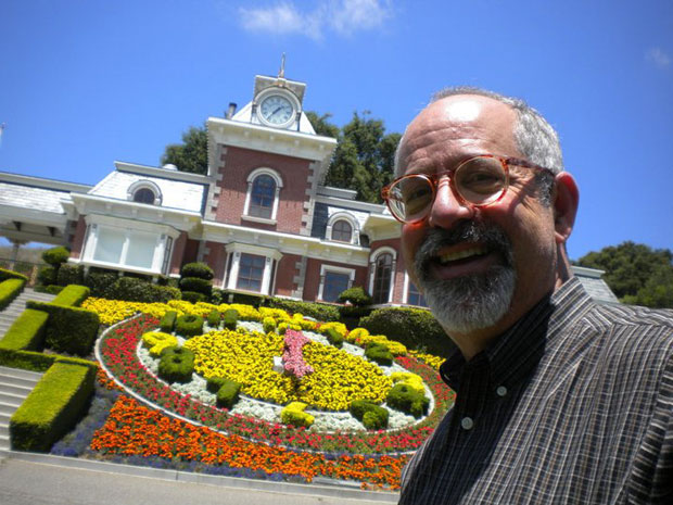 Larry At Neverland, June 2011