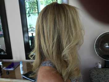 Master Hair Colorist MJ Hair Designs Blonde on Blonde (818) 783-0084