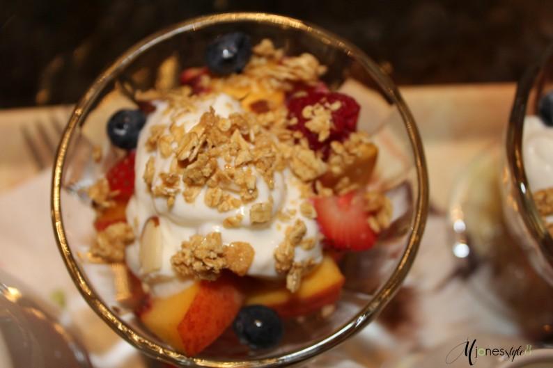 #maisonlavigne#fruitparfait#bedandbreakfast
