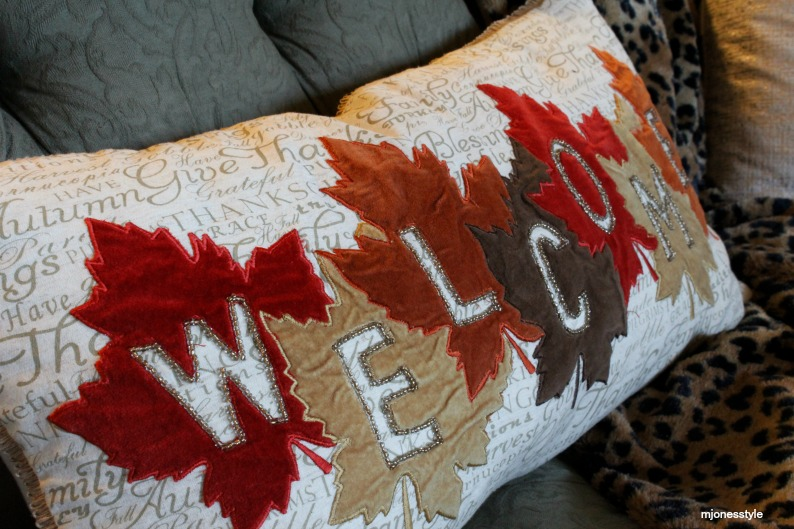 #fallpillow #falldecor #wellcomepillow