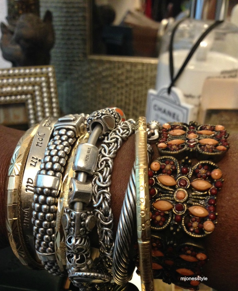 #silverandgoldbangles #bracelets #vintagejeweledbracelet